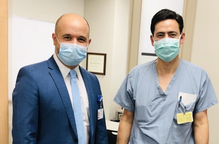 Dr. Baaj with Peter Nakaji, MD, chair of Neurosurgery at Banner – University Medical Center Phoenix