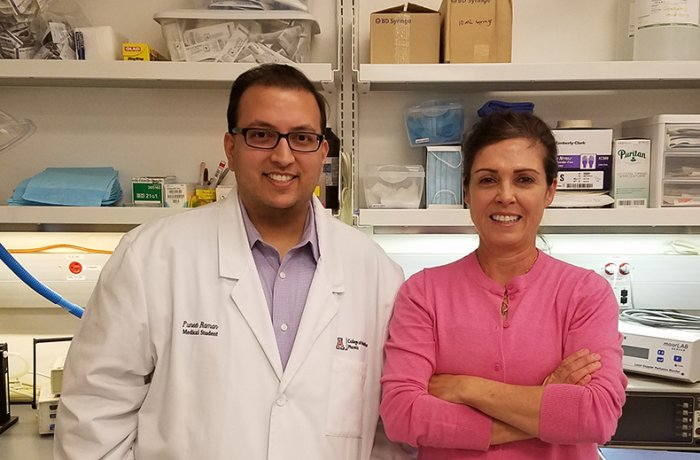 Puneet Raman in the Lab with Rayna Gonzales, PhD