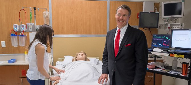 Critical Care Conference Takes Integrated, Hands-On Approach